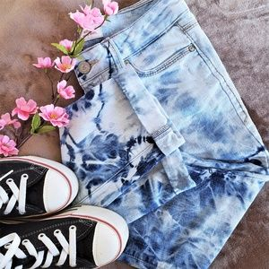 L.e.i Acid Wash Low Rise Skinny Jeans